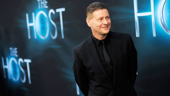 Andrew_Niccol_The_Host_Premiere_a_h