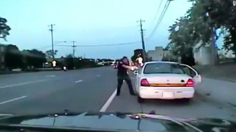 dashcam footage shows Philando Castile was Murdered