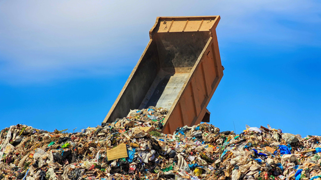 making america garbage again